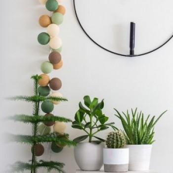 Гирлянда - ночник Cottonballlight 20 шариков в коробке Forest Green, зеленый